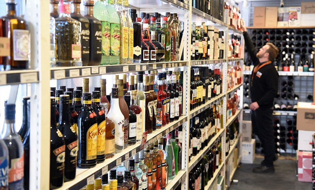 wine-shops-will-closed-in-up-on-14-april-due-to-br-ambedkar-birthday