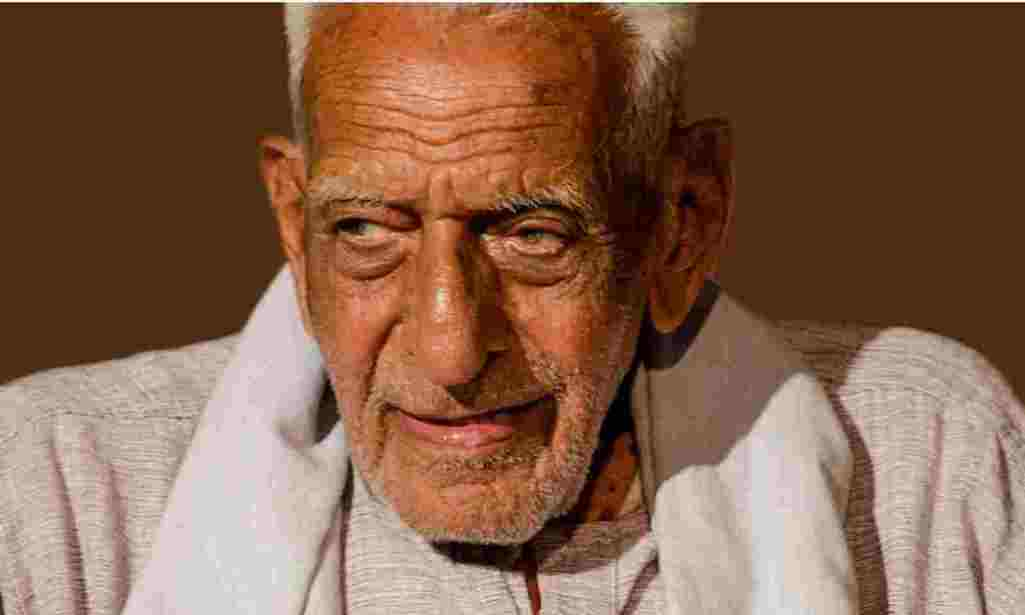Gandhian freedom fighter HS Doraswamy took his last breath on Wednesday at the age of 103