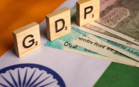 Negative growth of 7.3 percent for India's economy, worst in four decades