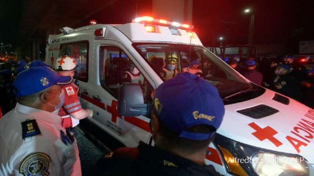 america-big-accident-in-mexico-bridge-collapsed-while-passing-metro-train-20-people-died