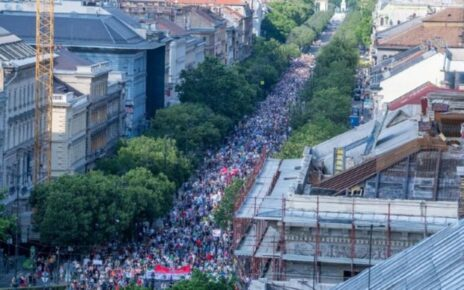 protest-in-hungary-against-china-fudan-university-campus-in-budapest