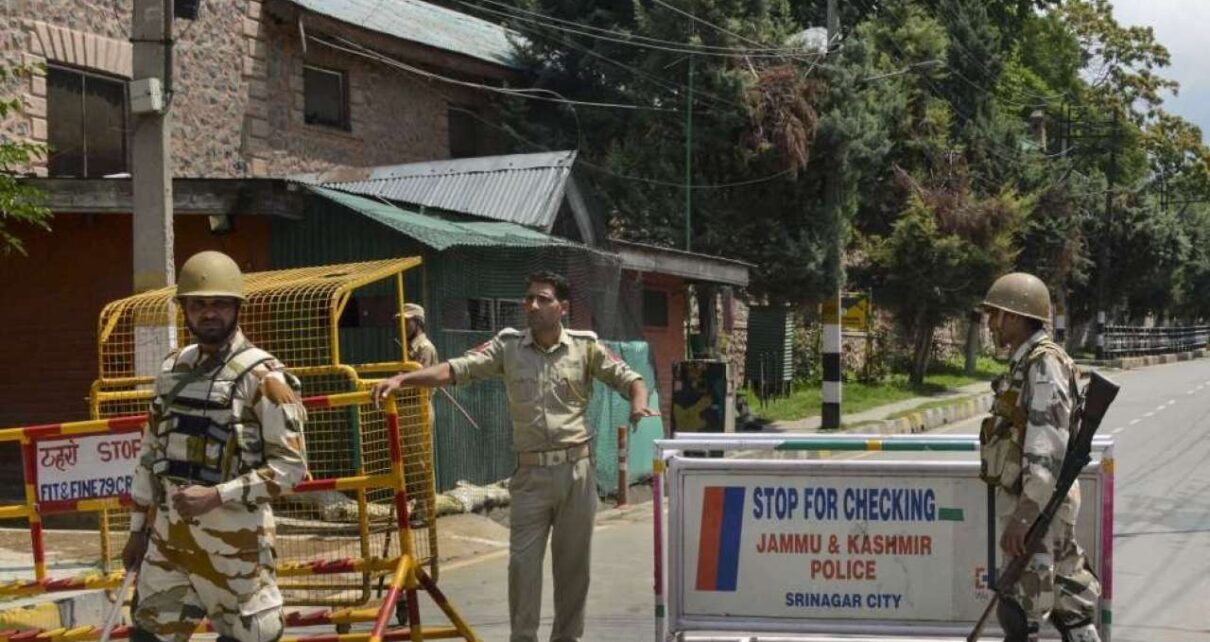 Jammu and Kashmir Police save 14 youth from joining terrorist ranks