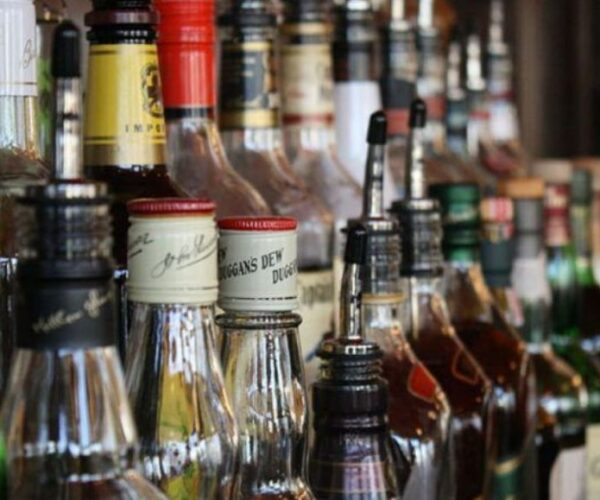 Ten people died due to spurious liquor in Madhya Pradesh Mandsaur, formation of SIT for investigation