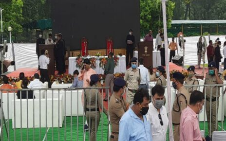 Pushkar Singh Dhami becomes the youngest Chief Minister of Uttarakhand, Governor Baby Rani Maurya administered the oath