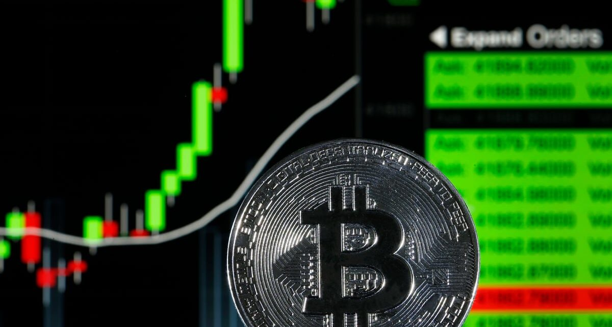 El Salvador made bitcoin the national currency, IMF warned